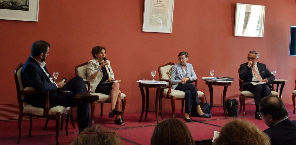 """Julia Pomares (CIPPEC) en la jornada """"Financiamiento político en Argentina. Diagnóstico y desafíos"""""""