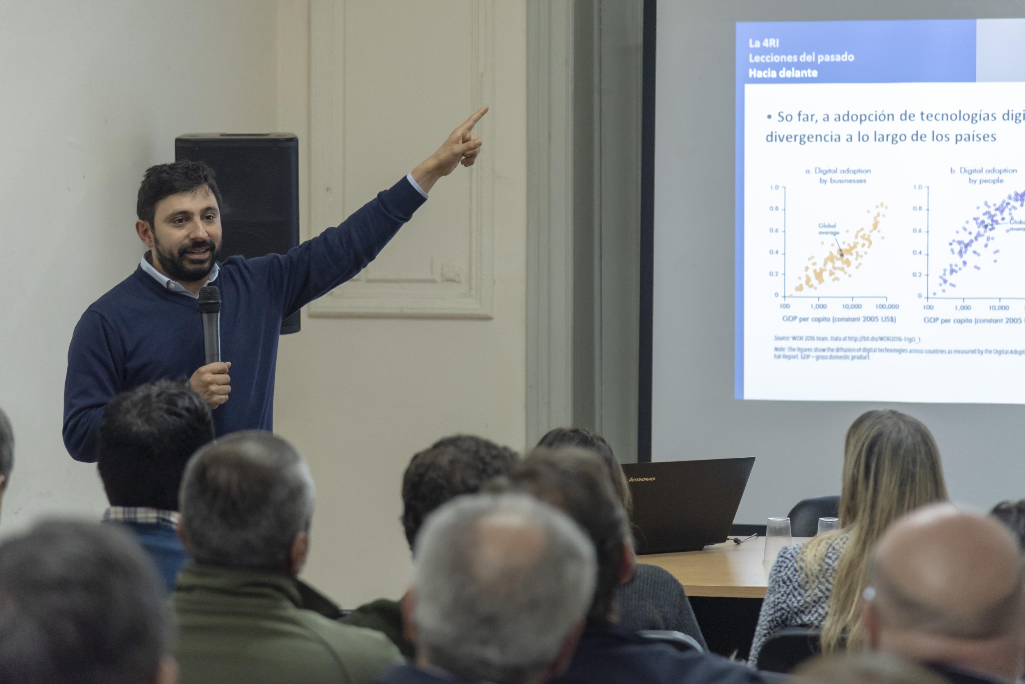 Ramiro Albrieu (CIPPEC) en Fundación Alem