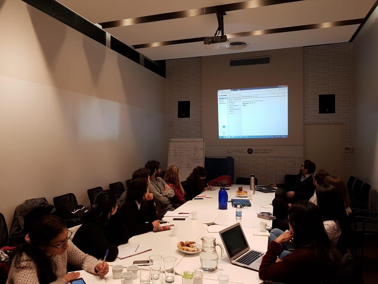 Imagen de los participantes del segundo Taller de Herramientas de Procesamiento de Datos de Eval Youth Argentina, donde CIPPEC participó como expositor y anfitrión.