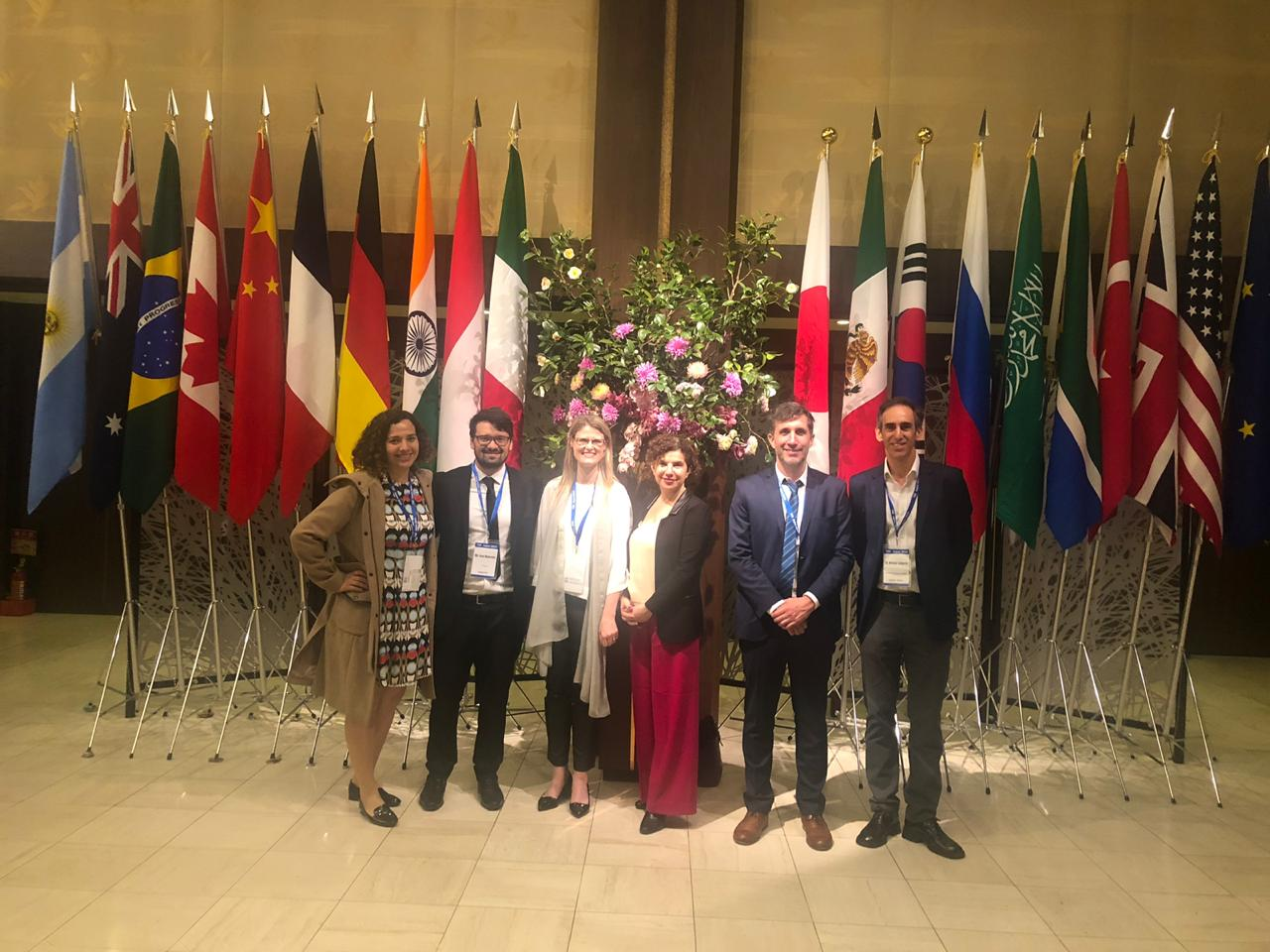 Imagen de representantes de CIPPEC en la Conferencia de Lanzamiento del T20 Japón