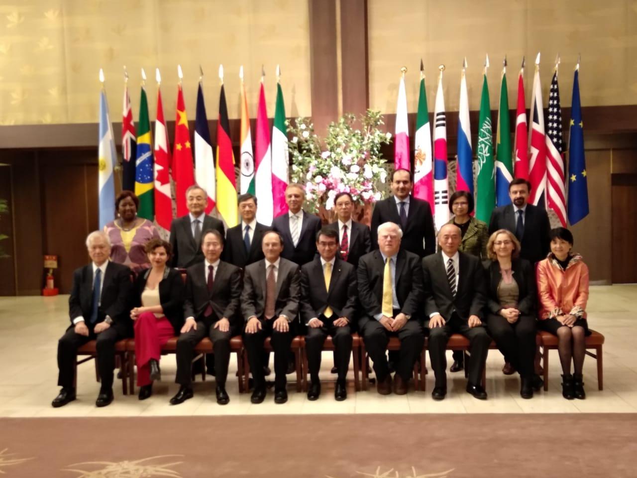 Representantes de CIPPEC en la Conferencia de Lanzamiento del T20 Japón junto a otras autoridades presentes